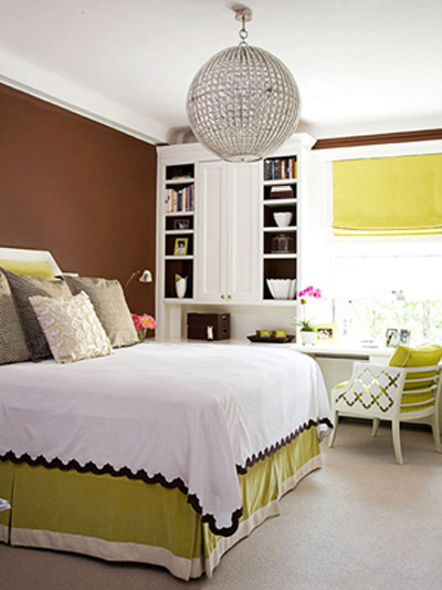 Decorating in green classic fauxs finishes for Green and brown bedroom designs