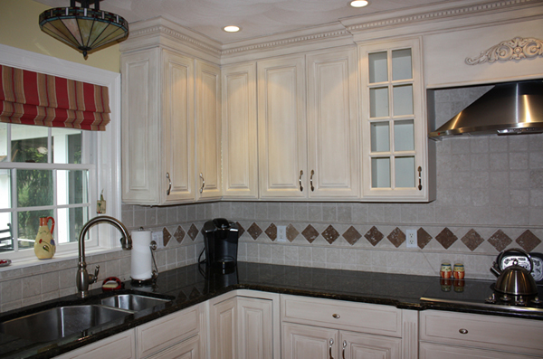 How To Paint Kitchen Cabinets With A Sprayed On Finish Page 1 Of 2 Apps Dir